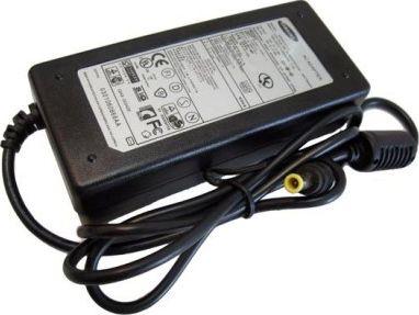Блок питания для ноутбука SAMSUNG 16V 3,75A 5.5х3 мм с иглой + сетевой кабель
